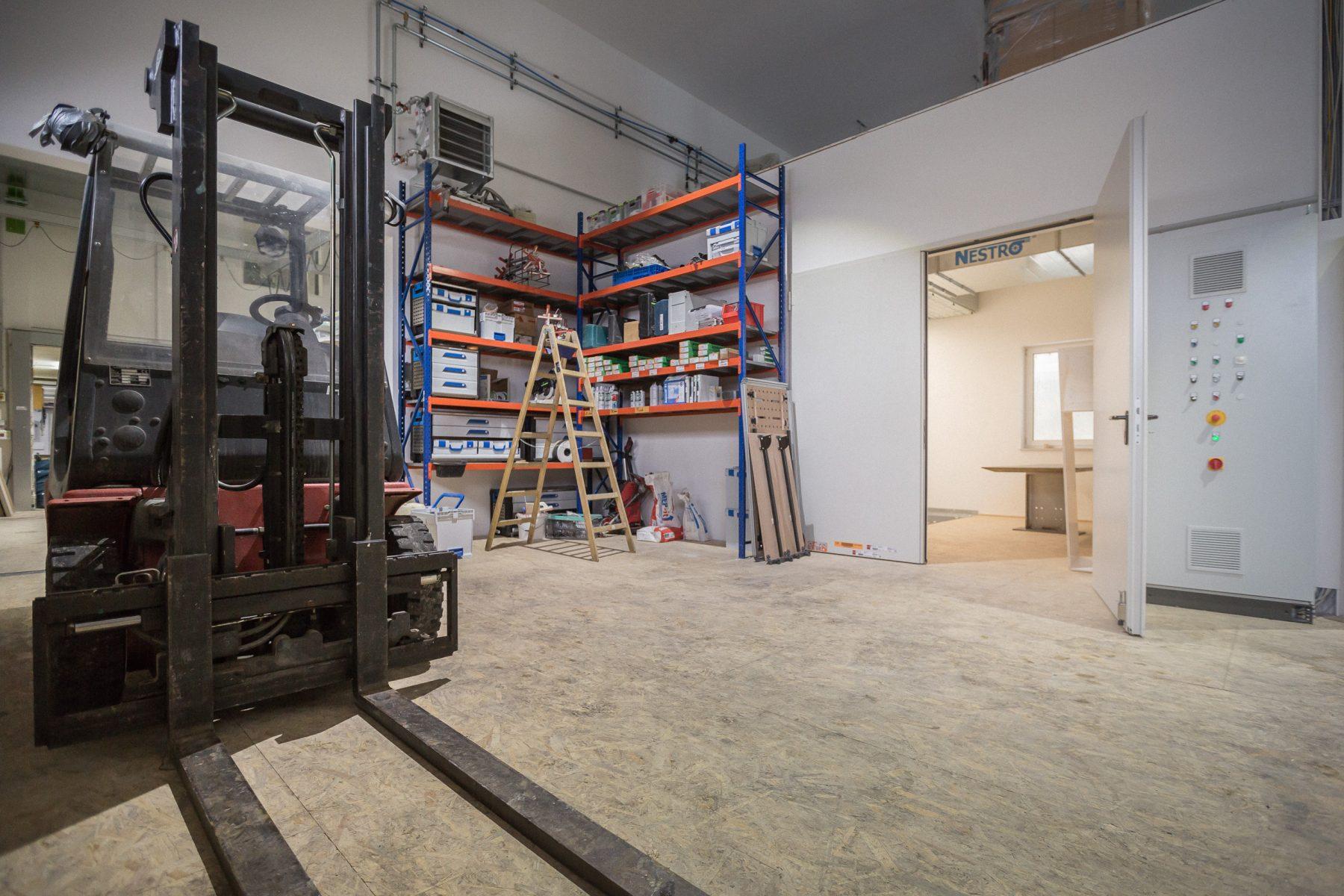 10691 Baufortschritt Werkstatt und Laden 170126 MG