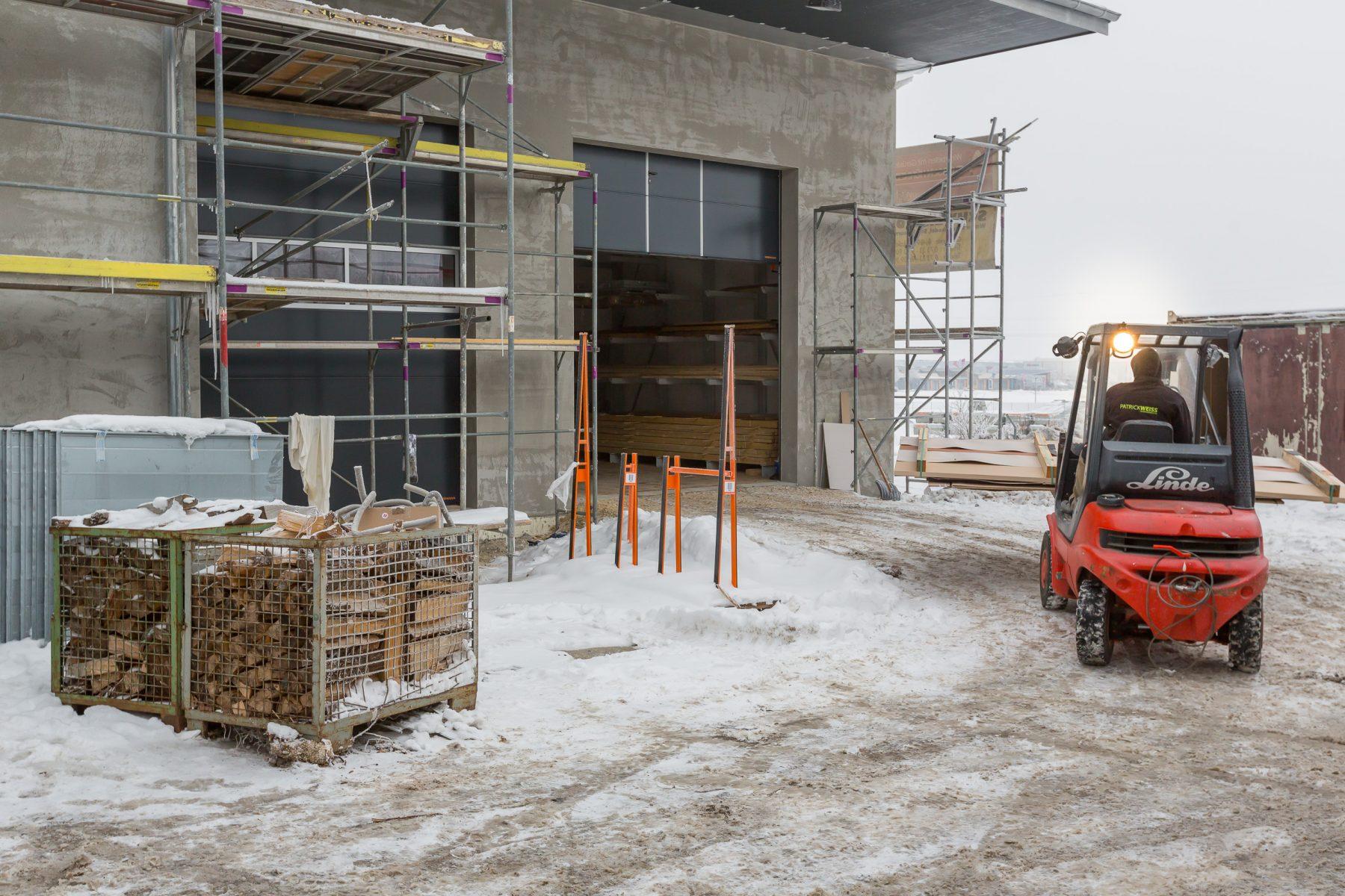 10757 Baufortschritt Werkstatt und Laden 170126 MG